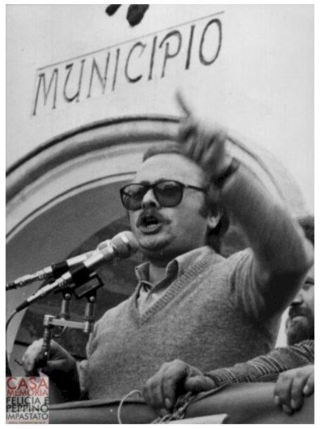 Ricordiamo il Peppino rivoluzionario e non l'icona mediatica