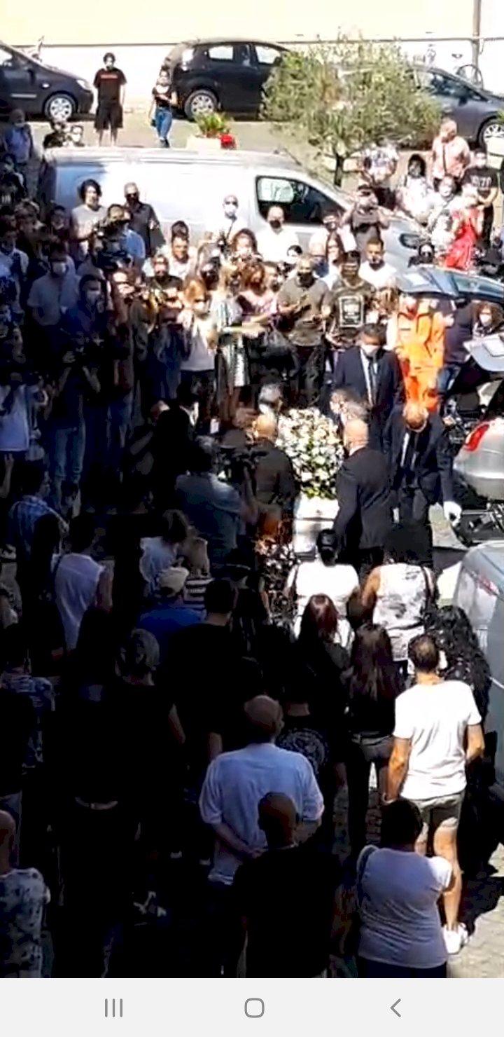 Lutto cittadino per i due ragazzi morti