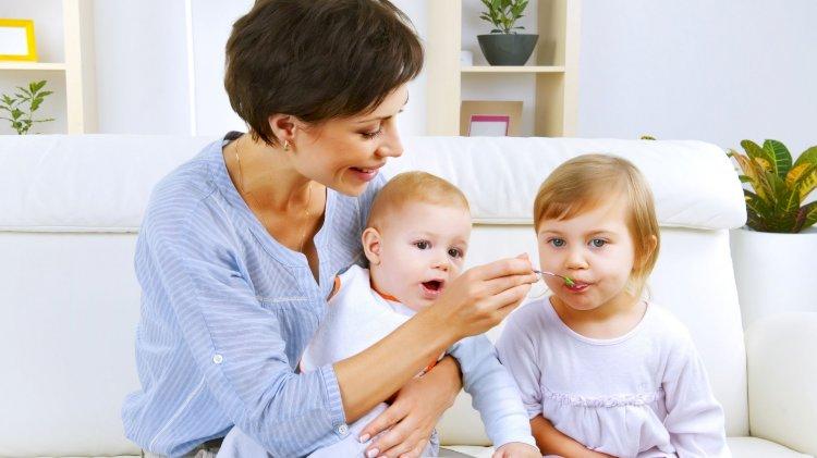 Bambini a tavola: questione di gusti, autoregolazione ed emulazione