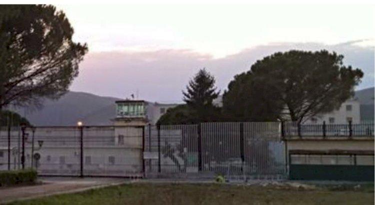 Carceri campane. Focolaio nel carcere di Carinola, due agenti penitenziari morti per Covid