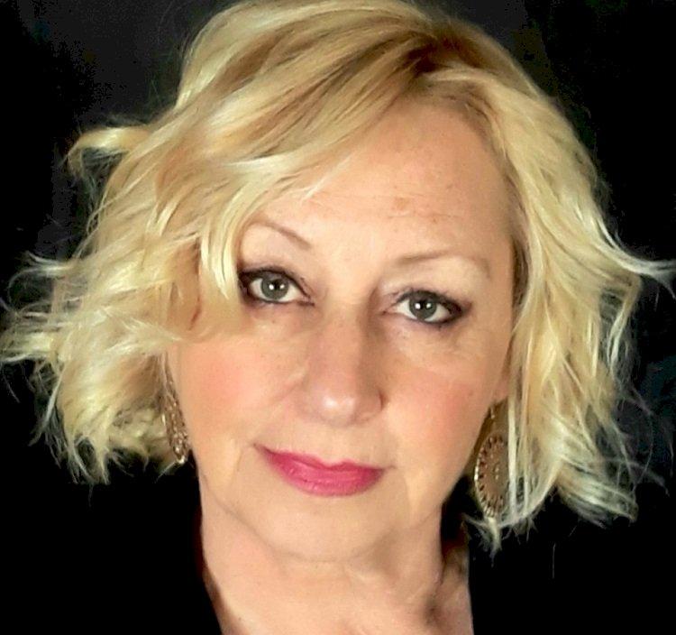 La rosa Bettina, il romanzo thriller di Maggie van der Toorn