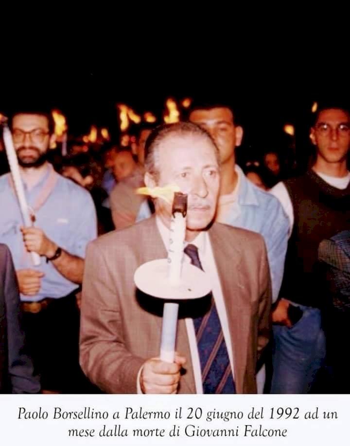 Paolo Borsellino: «Sono morti tutti per noi, abbiamo un grande debito verso di loro e dobbiamo pagarlo gioiosamente»