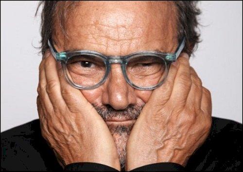"""XIII Florence Biennale: """"Premio Lorenzo il Magnifico"""" alla carriera a Oliviero Toscani"""