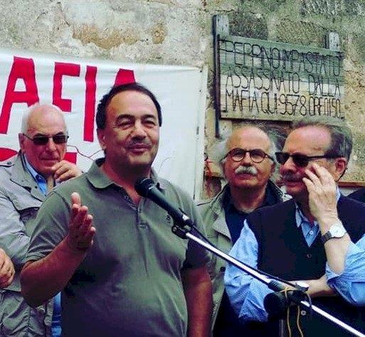Sentenza contro Mimmo Lucano ci lascia allibiti e costernati. Sempre vicino al popolo curdo schierato contro il regime autoritario della Turchia e per la libertà del nostro popolo